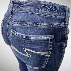 Silver Mid Rise Bootcut Jeans Aiko Size 29…